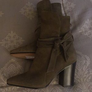 Banana Republic Suede Ankle Booties